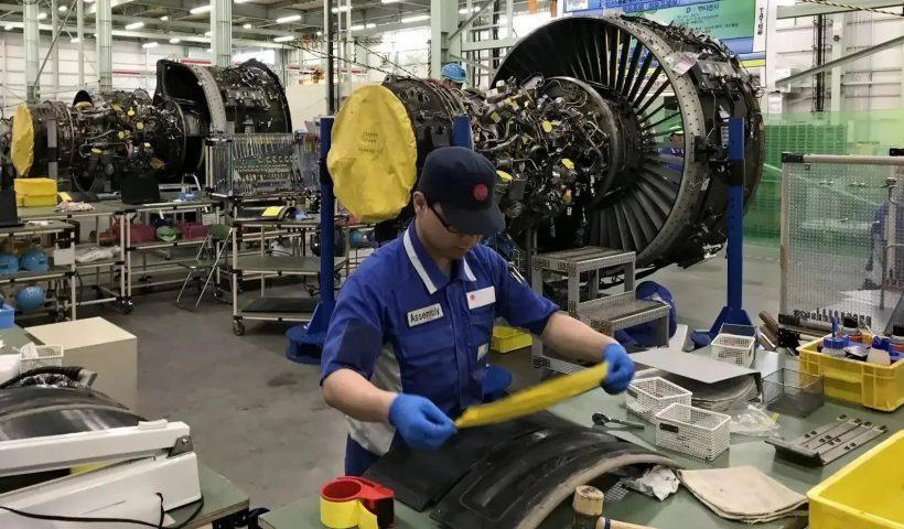 تعمیر و نگهداری موتورهای هوایی
