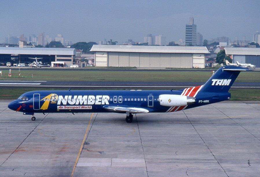 پرواز 402