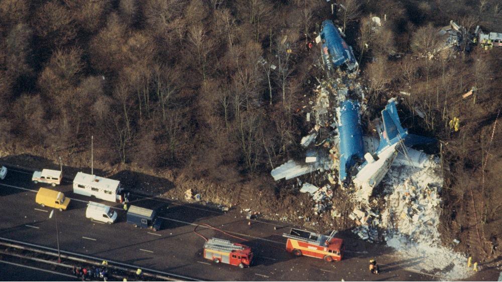 سقوط بی 737 بریتیش میدلند در اثر کنده شدن پره فن موتور (سوانح هوایی بخش چهاردهم)