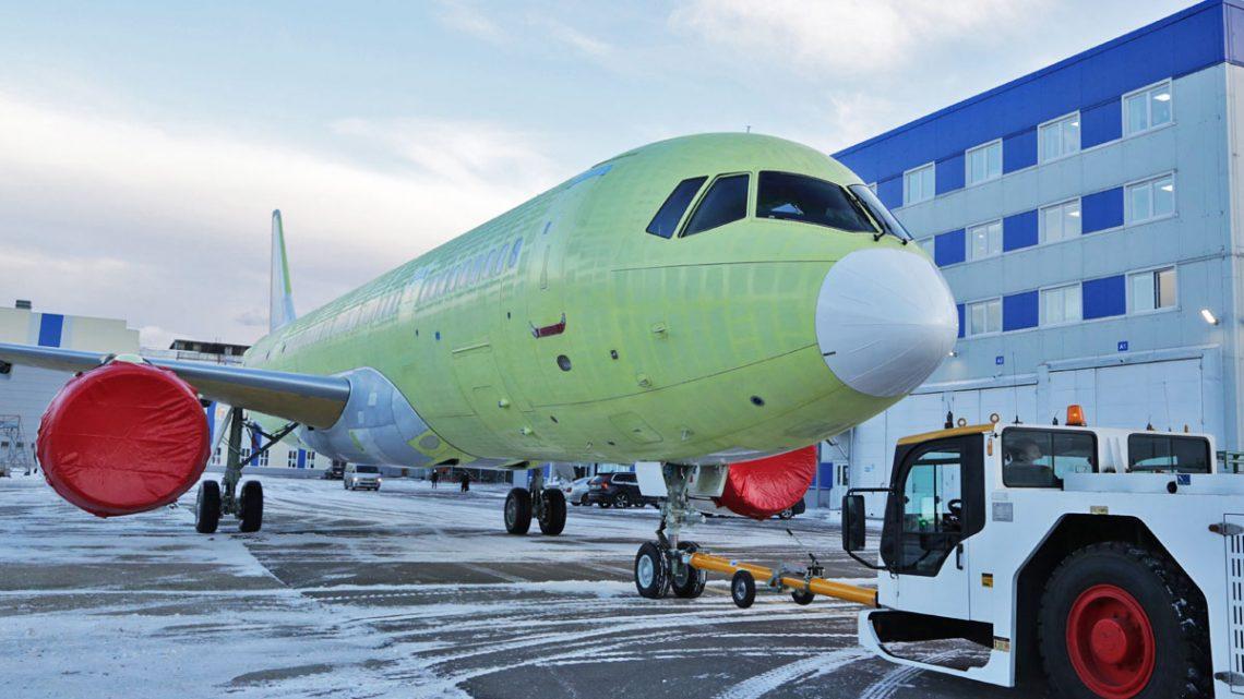 عرضه اولین جت مسافربری امسی21 مجهز به موتورهای پیدی14