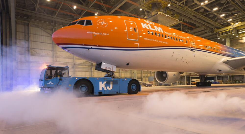 موتورهای دردسرساز عامل زمینگیر شدن بوئینگ777 هلندی در پکن