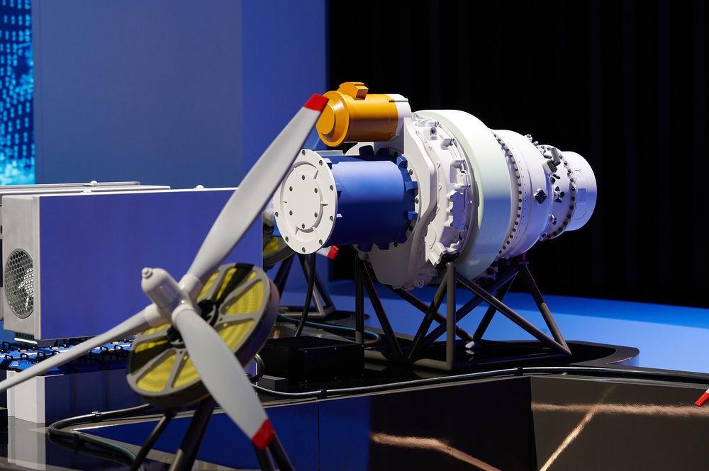 موتور هیبریدی الکتریکی